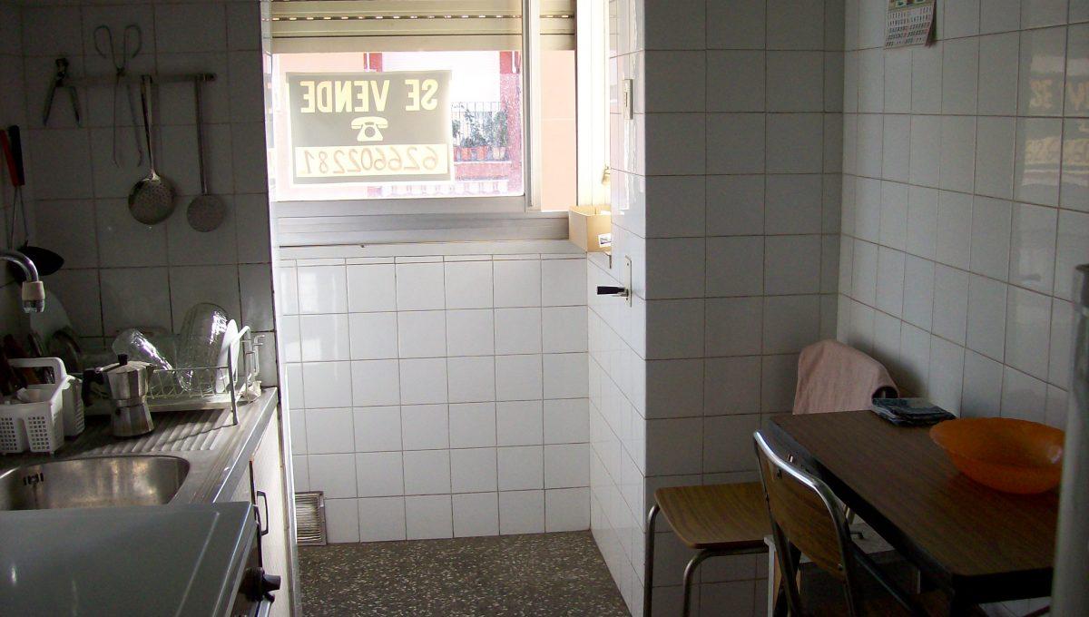 A-la-venta-piso-en-bonita-calle-Zona-Norte-cocina-2