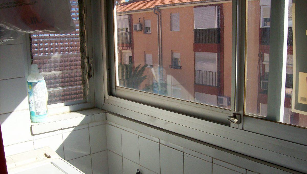A-la-venta-piso-en-bonita-calle-Zona-Norte-galeria