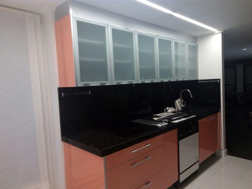 Bonita vivienda en pleno centro de Alcoy-cocina (3)