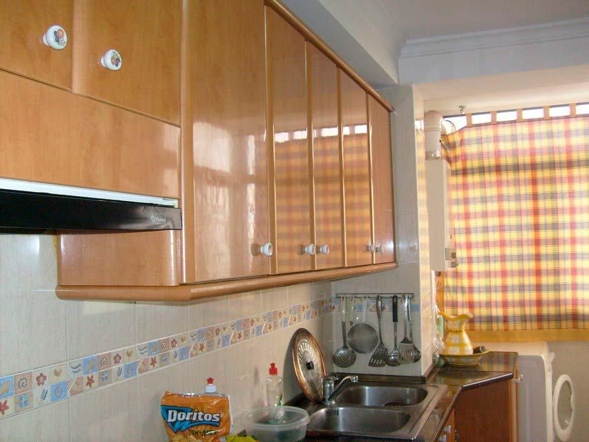 Bonito piso con espacioso comedor en Santa Rosa-cocina (3)