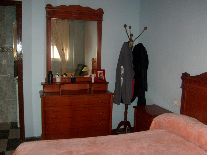 Bonito piso con espacioso comedor en Santa Rosa-habitacion (3)