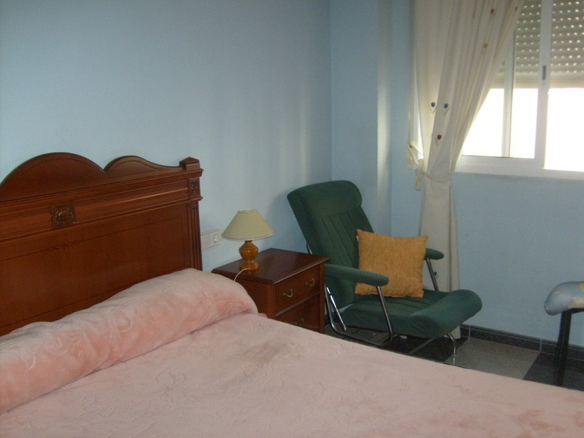 Bonito piso con espacioso comedor en Santa Rosa-habitacion (4)