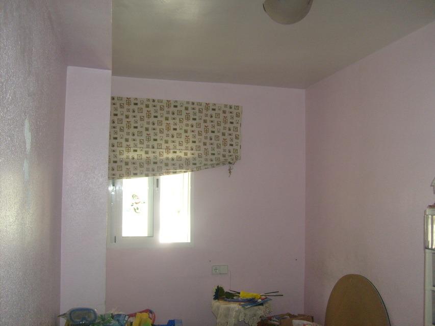 Bonito piso con espacioso comedor en Santa Rosa-habitacion