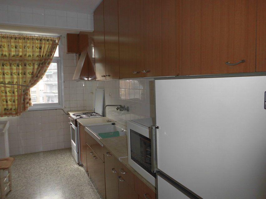 Bonito piso en venta con 3 habitaciones en Santa Rosa-cocina