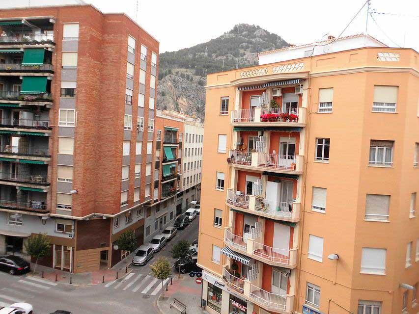 Bonito piso en venta con 3 habitaciones en Santa Rosa-vistas (2)