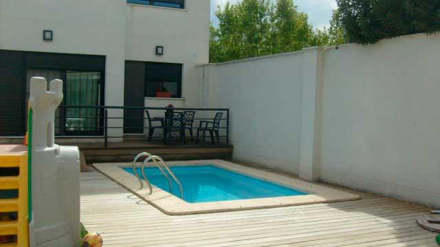 SE VENDE BONITO CHALET CON PISCINA EN MURO DE ALCOY-piscina2