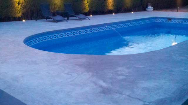 SE VENDE CHALET EN ALCOCER DE PLANES - piscina