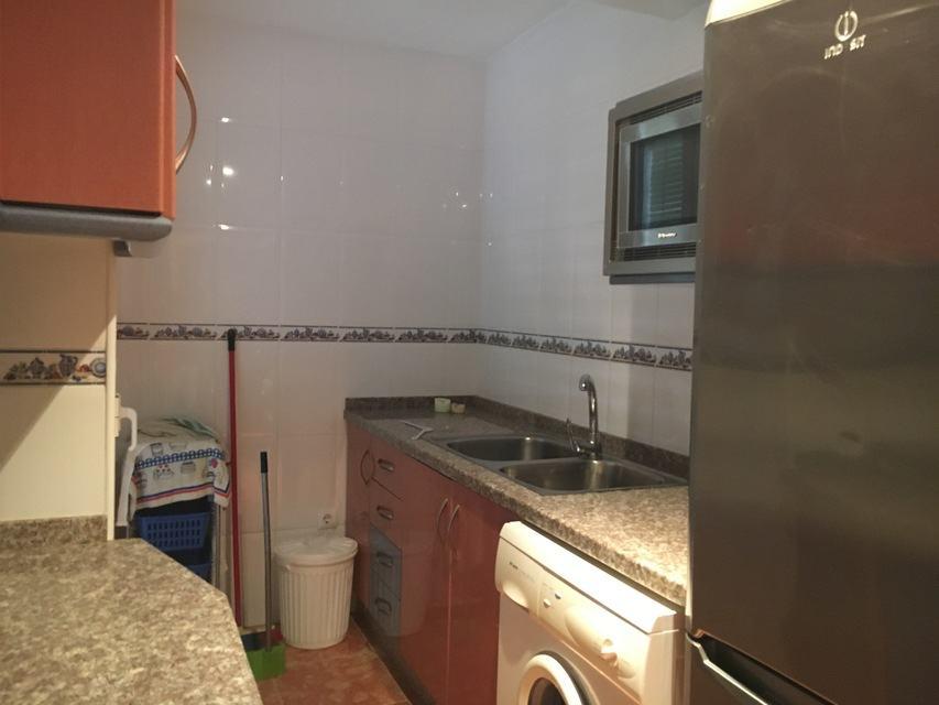 a-la-venta-primer-piso-zona-norte-cocina-2