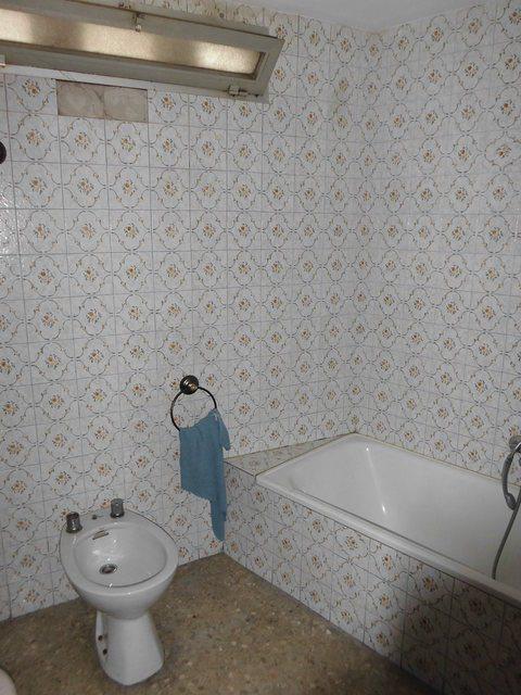 acogedor-piso-con-balcon-exterior-en-santa-rosa-banyo-2