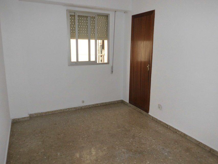 acogedor-piso-con-balcon-exterior-en-santa-rosa-habitacion-2