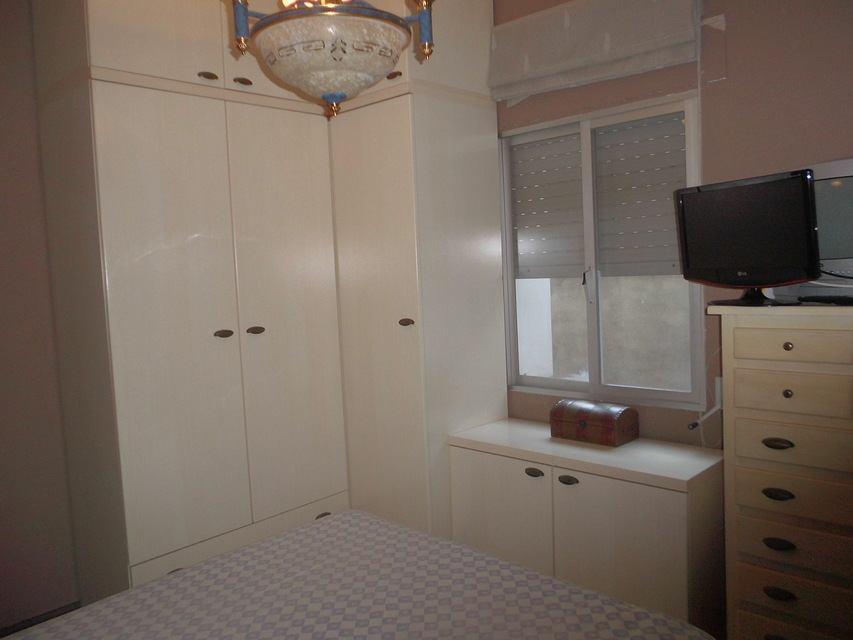 acogedor-piso-en-ensanche-habitacion-2