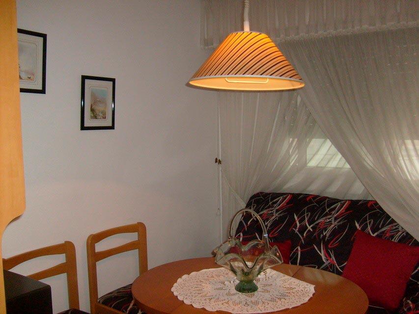 acogedor-piso-en-venta-con-gran-cocina-en-santa-rosa-salon-4