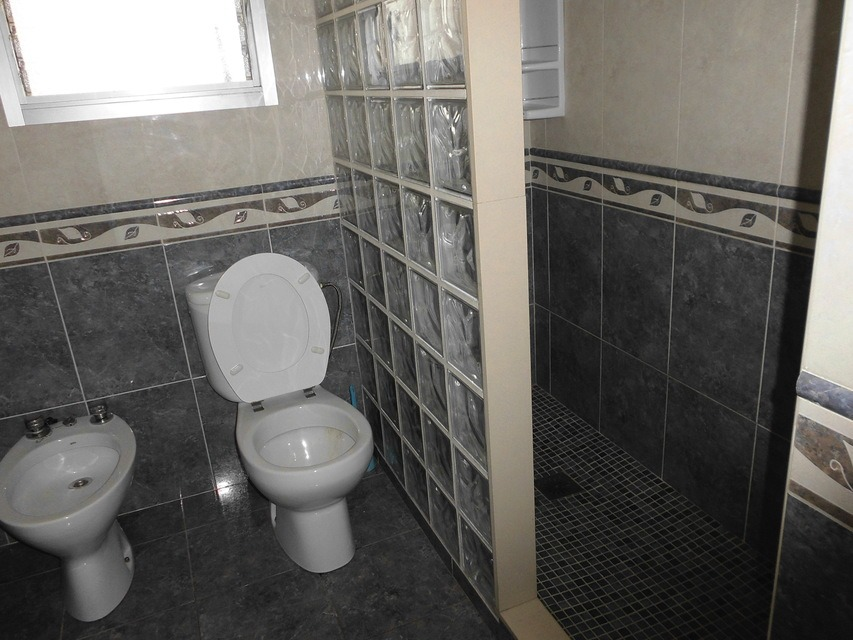 acogedor-piso-en-venta-frente-a-la-plaza-jaume-el-conqueridor-santa-rosa-banyos3