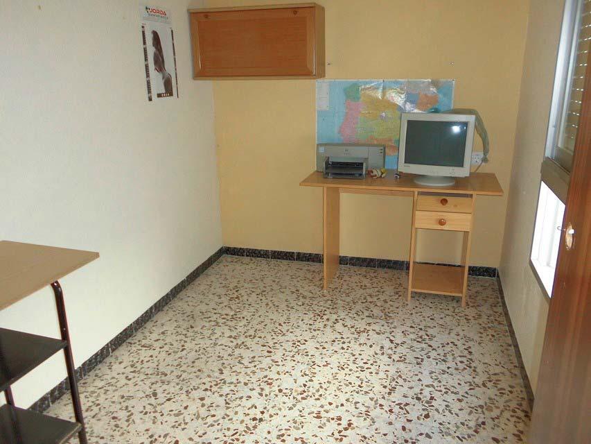 acogedor-piso-en-venta-frente-a-la-plaza-jaume-el-conqueridor-santa-rosa-oficina (2)
