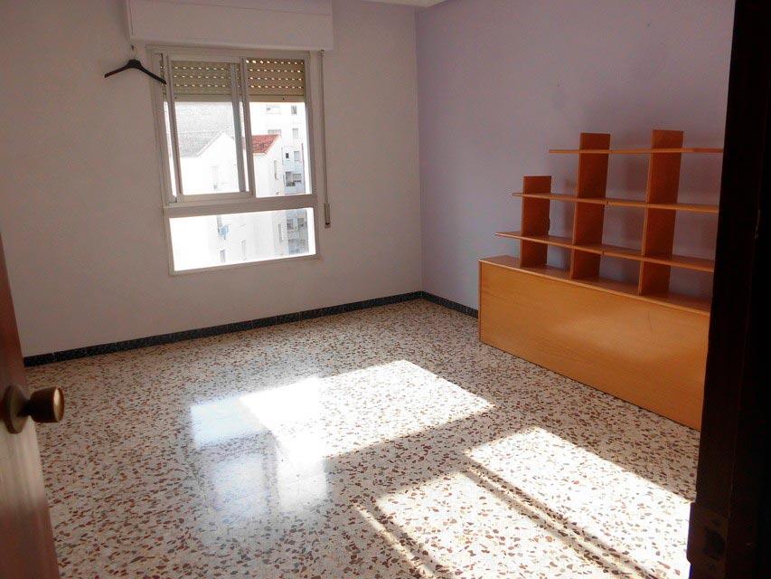 acogedor-piso-en-venta-frente-a-la-plaza-jaume-el-conqueridor-santa-rosa-oficina