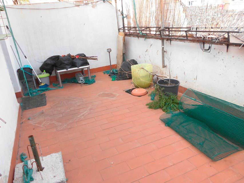 acogedor-piso-en-venta-frente-a-la-plaza-jaume-el-conqueridor-santa-rosa-terraza-2