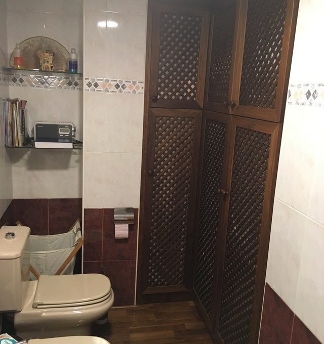 agradable-vivienda-en-la-zona-de-ensanche-banyo 2