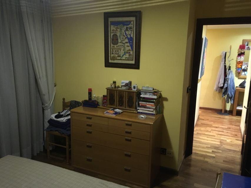 agradable-vivienda-en-la-zona-de-ensanche-habitacion 3