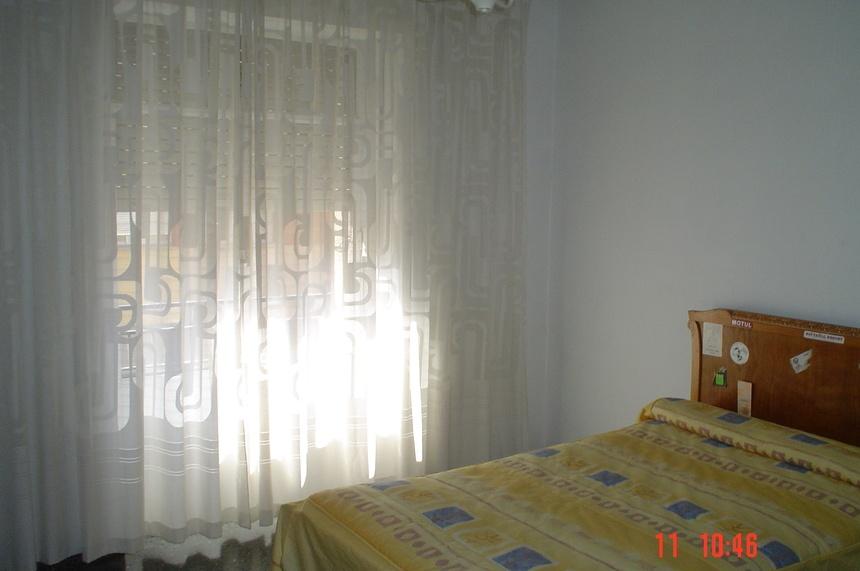 amplia-vivienda-en-zona-ensanche-dormitorio