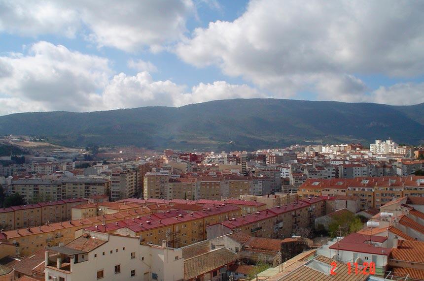 atico-con-gran-terraza-en-ensanche-habitacion (3)