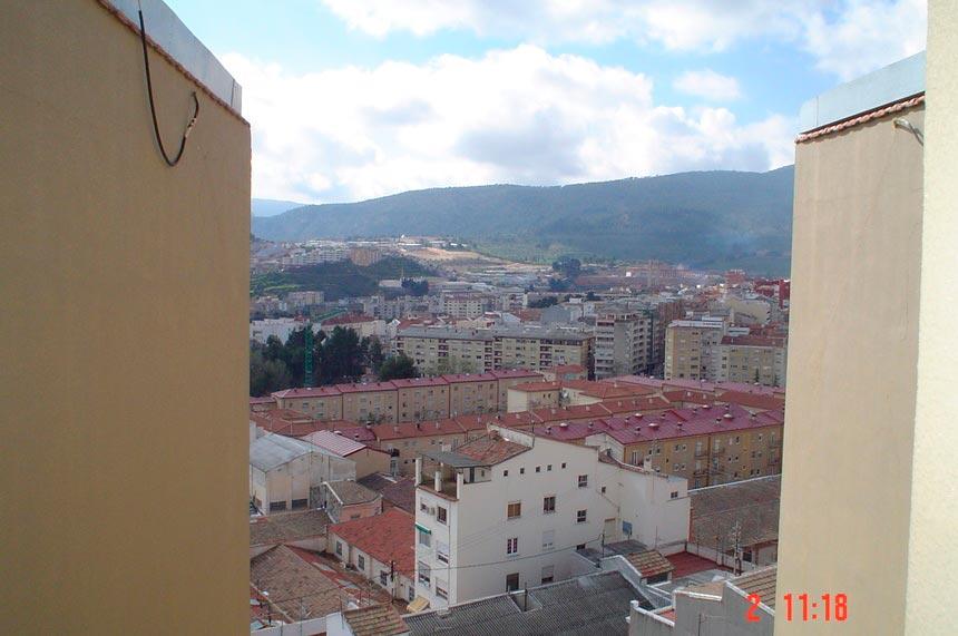 atico-con-gran-terraza-en-ensanche-vistas