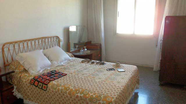 Se vende séptimo piso con buenas vistas en Ensanche-habitacion