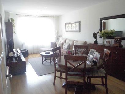 Se vende piso semi nuevo con garaje en Zona Centro-salon comedor