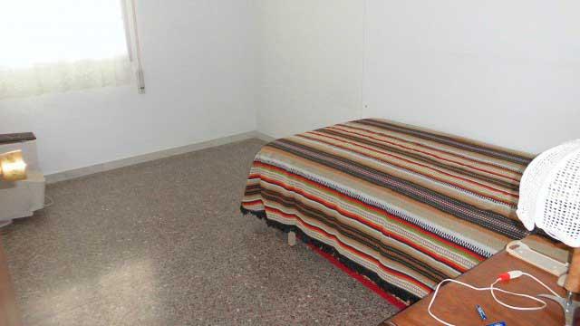 Se vende séptimo piso con buenas vistas en Ensanche-dormitorio