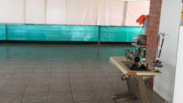 Se vende nave industrial en Banyeres de Mariola