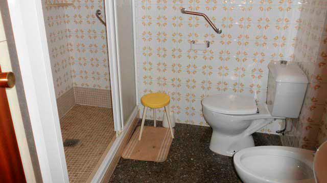Se vende séptimo piso con buenas vistas en Ensanche-aseo