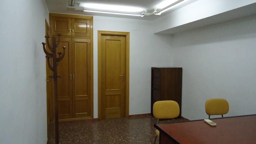 A-la-venta-oficina-en-Ensanche-sala