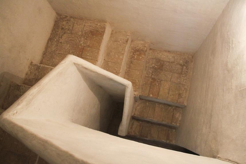 Bonita-masía-en-venta-en-Barchell-Escaleras
