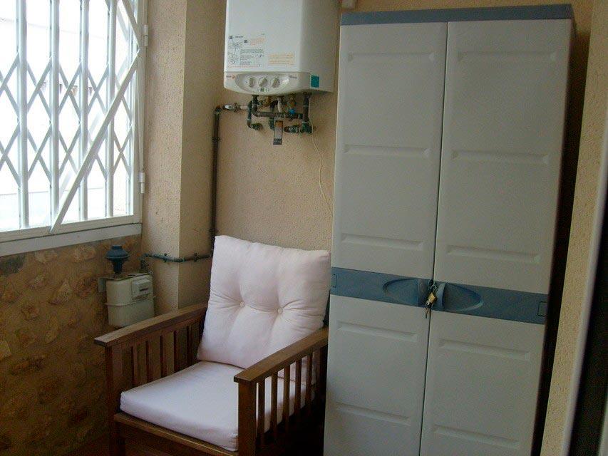 Bonito y moderno piso en venta con garaje y trastero en Batoy - Balcon cerrado