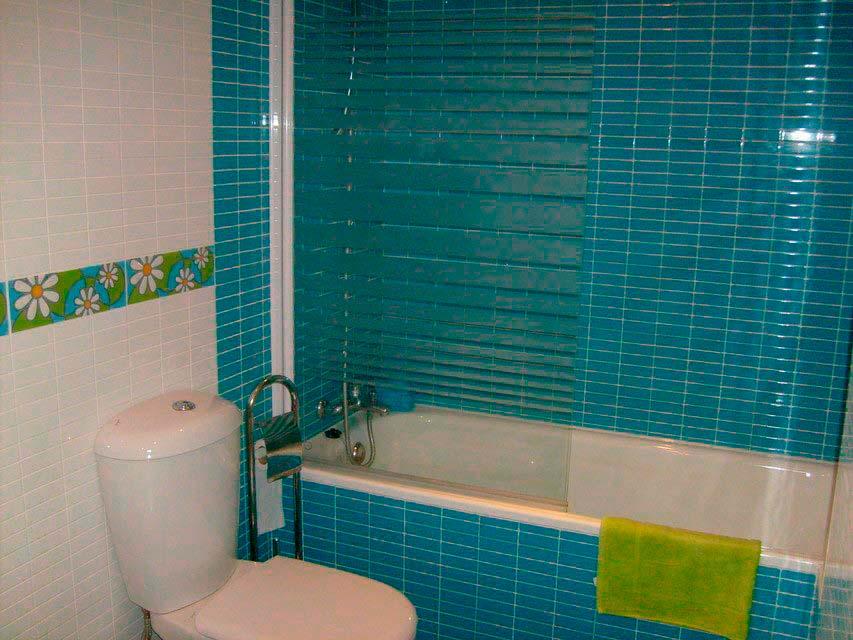 Bonito y moderno piso en venta con garaje y trastero en Batoy - banyo 2