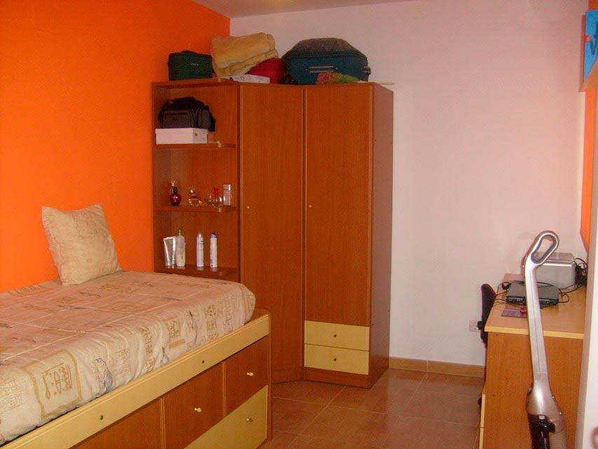 Bonito y moderno piso en venta con garaje y trastero en Batoy - habitacion