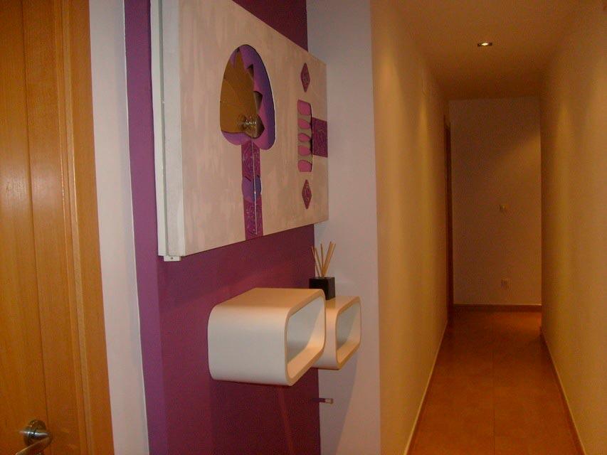 Bonito y moderno piso en venta con garaje y trastero en Batoy - pasillo