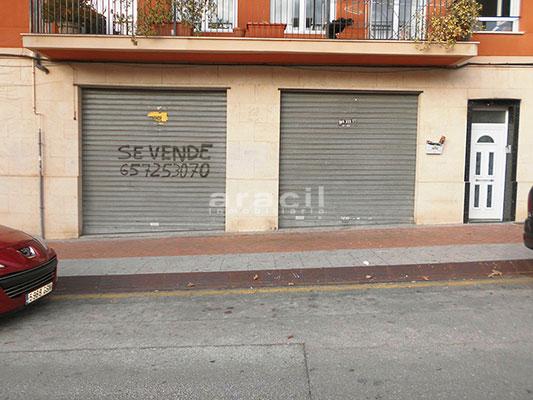 A la venta amplio garaje en el Camí. - Exterior