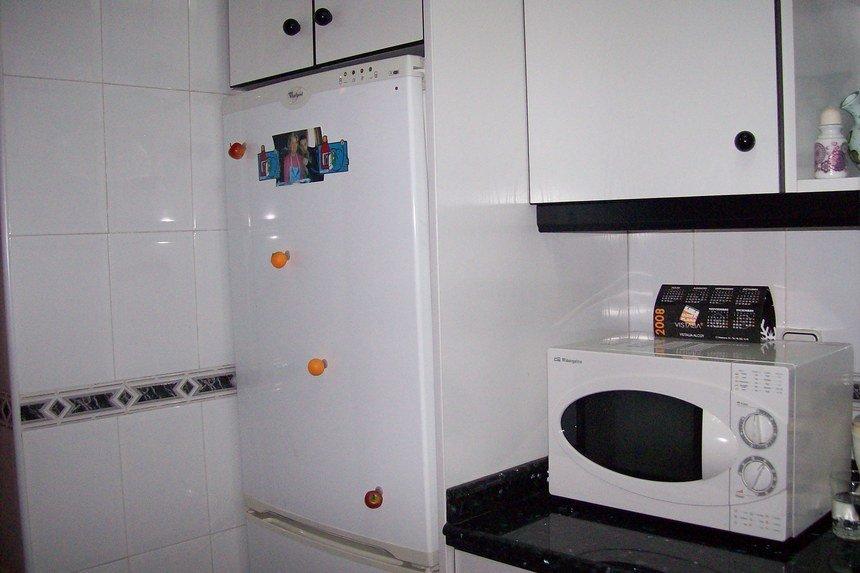 Casa con grandes dimensiones en Ensanche-cocina 2