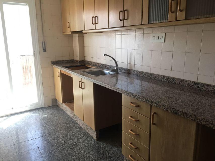 Casa con vistas sin amueblar en Ensanche-cocina 3