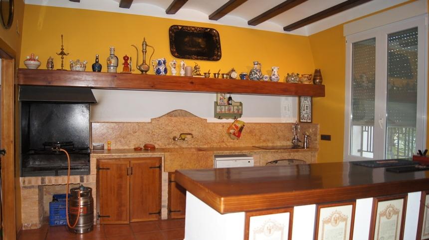 Casa-de-recreo-en-Muro-de-Alcoy-cocina