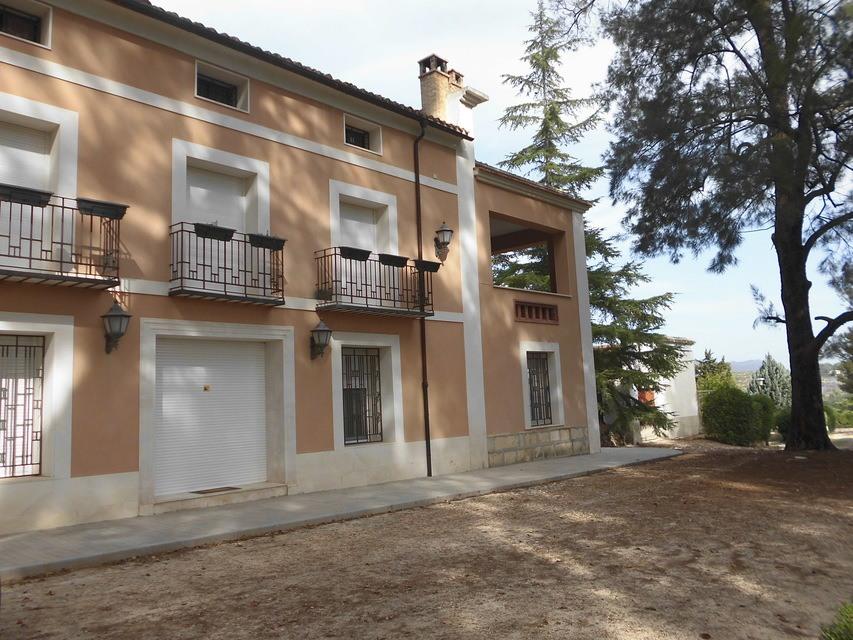 Casa-de-recreo-en-Muro-de-Alcoy-fachada