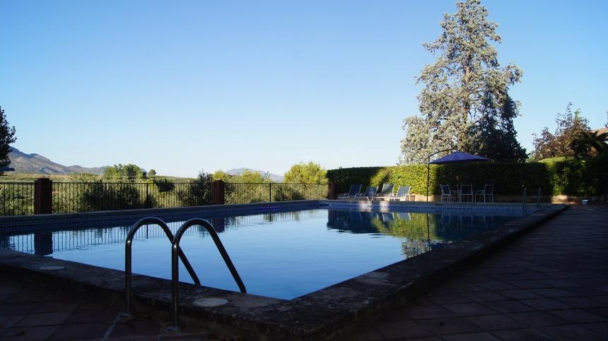 Casa-de-recreo-en-Muro-de-Alcoy-piscina