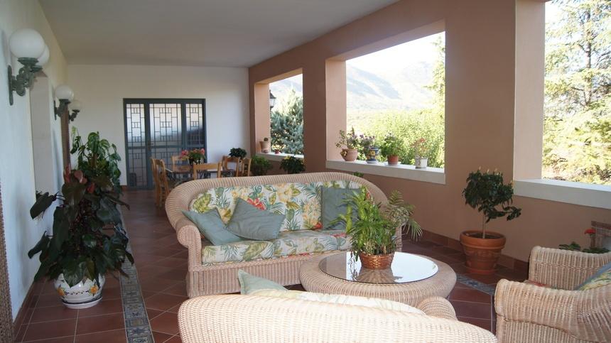 Casa-de-recreo-en-Muro-de-Alcoy-terraza