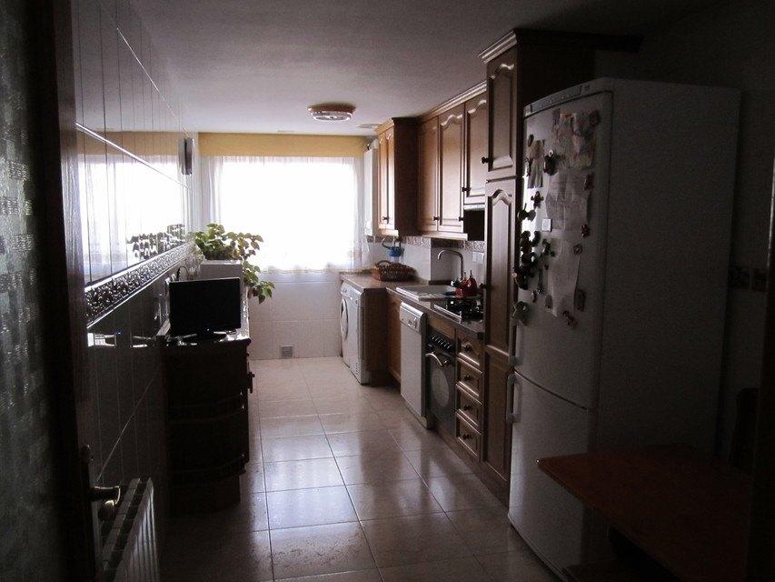 Casa reformada y amueblada en Ensanche - Cocina