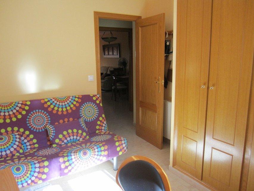 Casa reformada y amueblada en Ensanche-Despacho 2