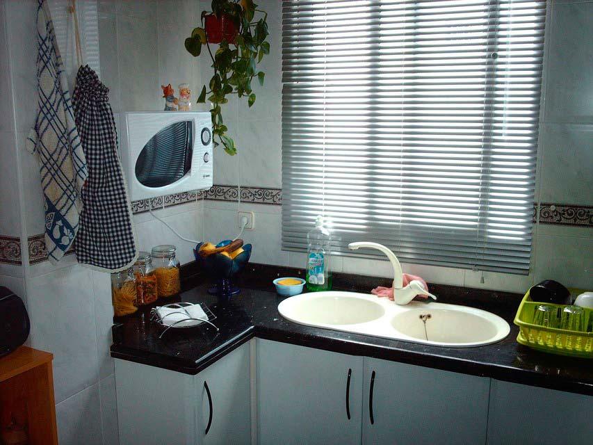 Casa reformada y moderna en Ensanche-cocina 2