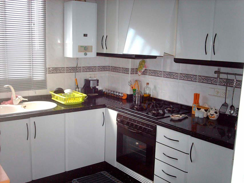 Casa reformada y moderna en Ensanche-cocina