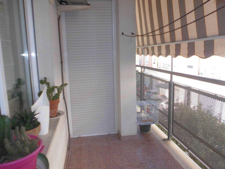 Dúplex amplio y soleado en Ensanche-balcon