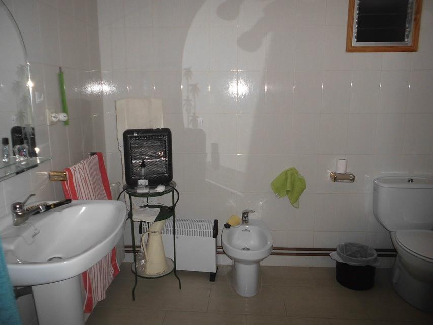 En-venta-masía-rústica-en-Alcoy-baño