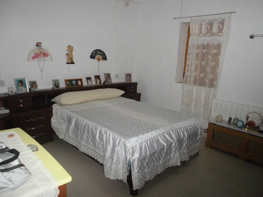 En-venta-masía-rústica-en-Alcoy-dormitorio